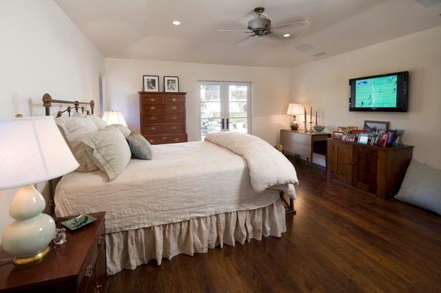 Prime Living Master Suite traditional-bedroom