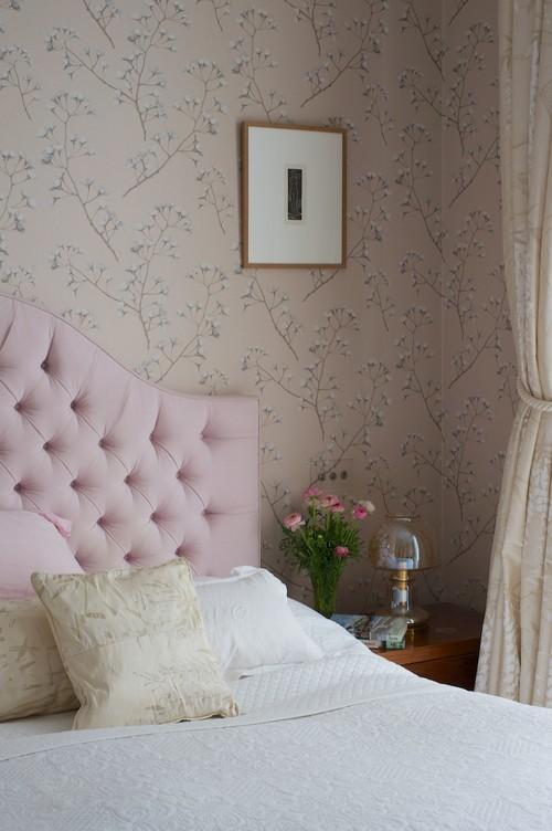 Millennial pink inspiration. Avenue Laurel.