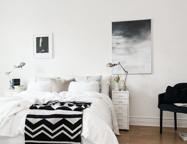 prints on the wall skandinavisch schlafzimmer. Black Bedroom Furniture Sets. Home Design Ideas