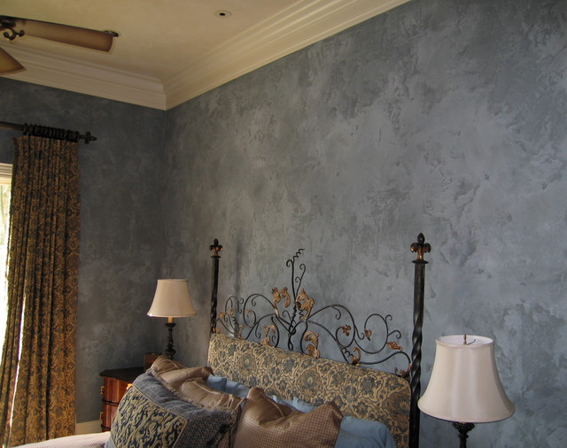 Provencal Plaster traditional-bedroom