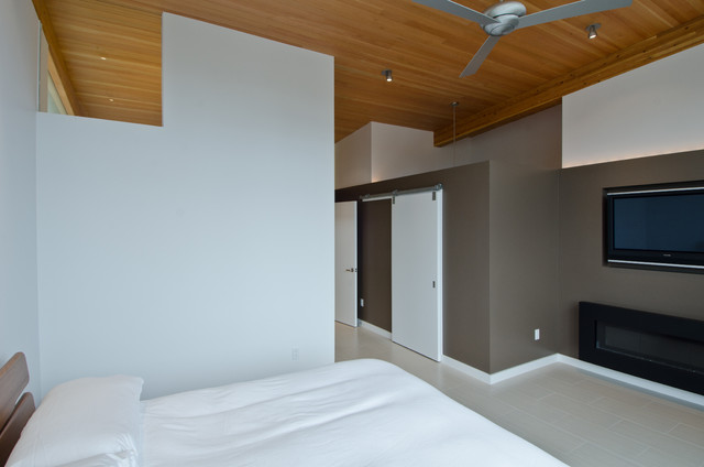 Queen Anne Residence contemporary-bedroom
