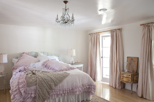 Rachel ashwell shabby chic couture for Camera da letto shabby chic