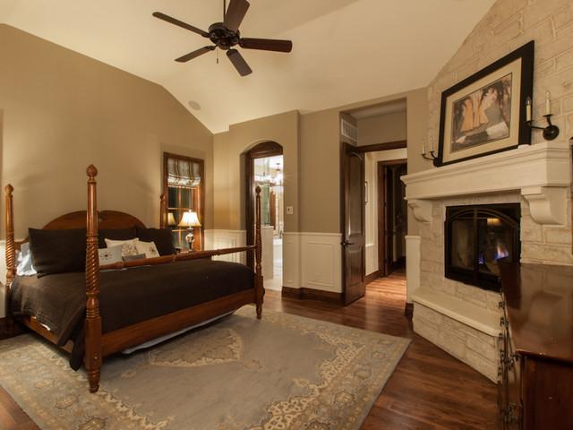 Rainribbon Residence traditional-bedroom