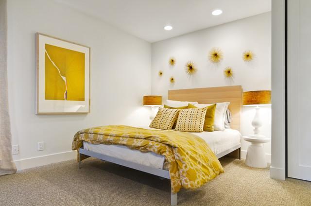 Rancho santa fe modern hacienda for Mustard yellow decor