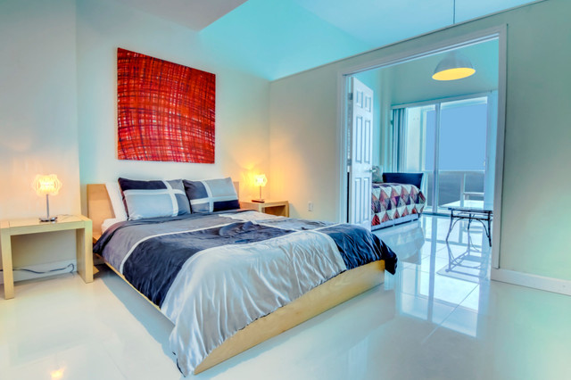 Real estate photography contemporary bedroom miami for Supreme themed bedroom