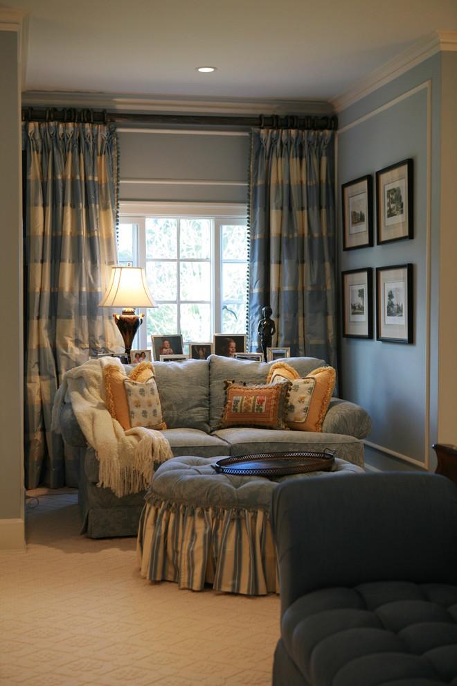 Bedroom - traditional bedroom idea in Los Angeles with blue walls