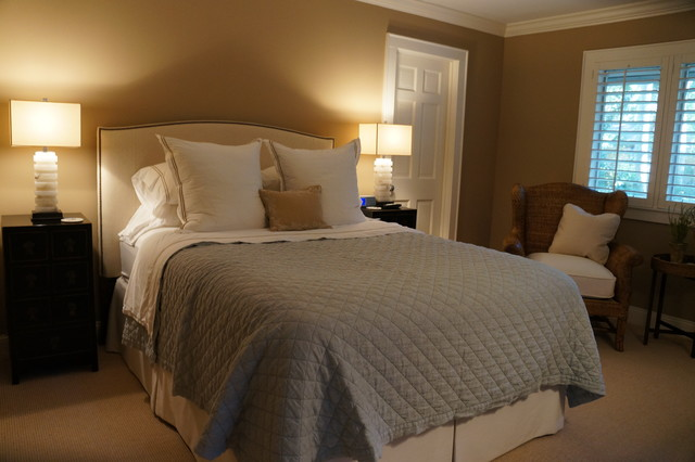 Red Maple traditional-bedroom