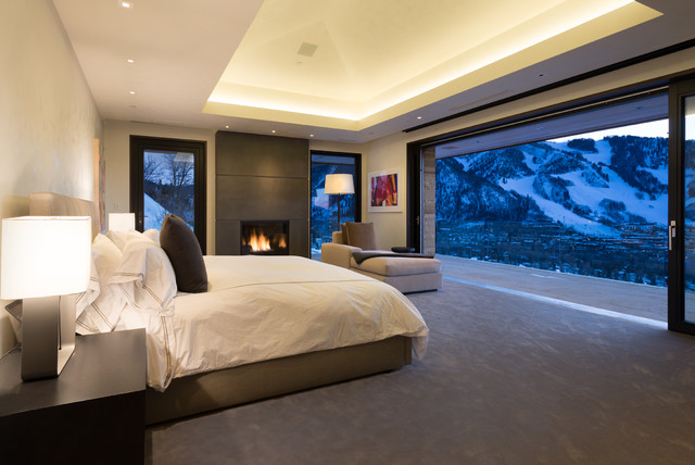 Red mountain home for Mountain modern bedroom