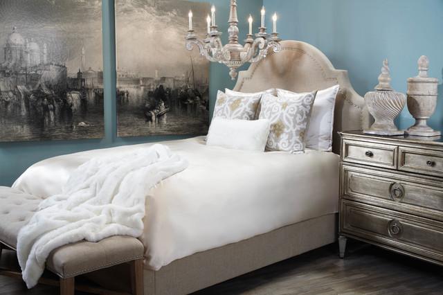 Charmant Regal Retreat Contemporary Bedroom