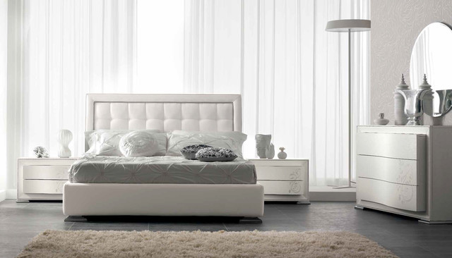 Regina Italian Bed / Bedroom Set by Spar - $3,099.00 ...