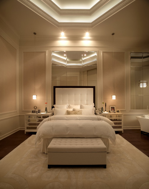 Relaxed elegance residence transitional bedroom for Master decoracion