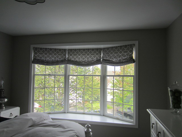Relaxed roman shades for bay window for Roman shades for bay windows
