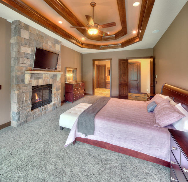 Relaxing And Spacious Master Bedroom Suites