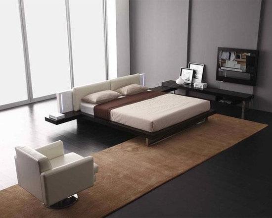 Reno-Tech - Contemporary Platform Bed - Features
