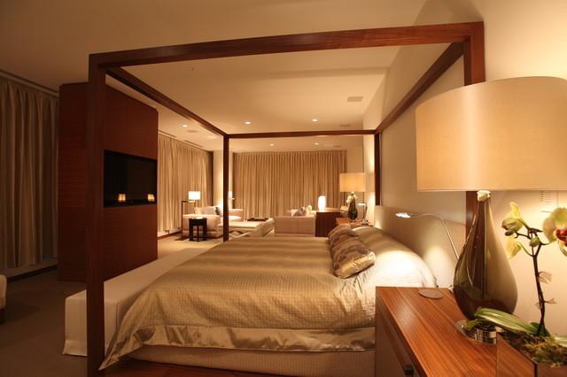 Robert Bailey Interiors modern-bedroom