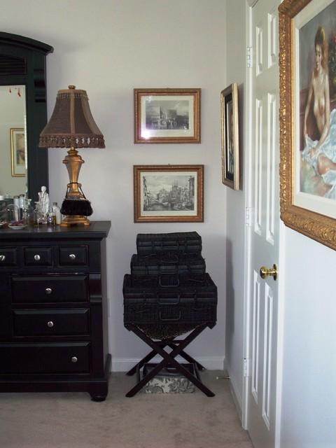 Roberta Philbrick traditional-bedroom