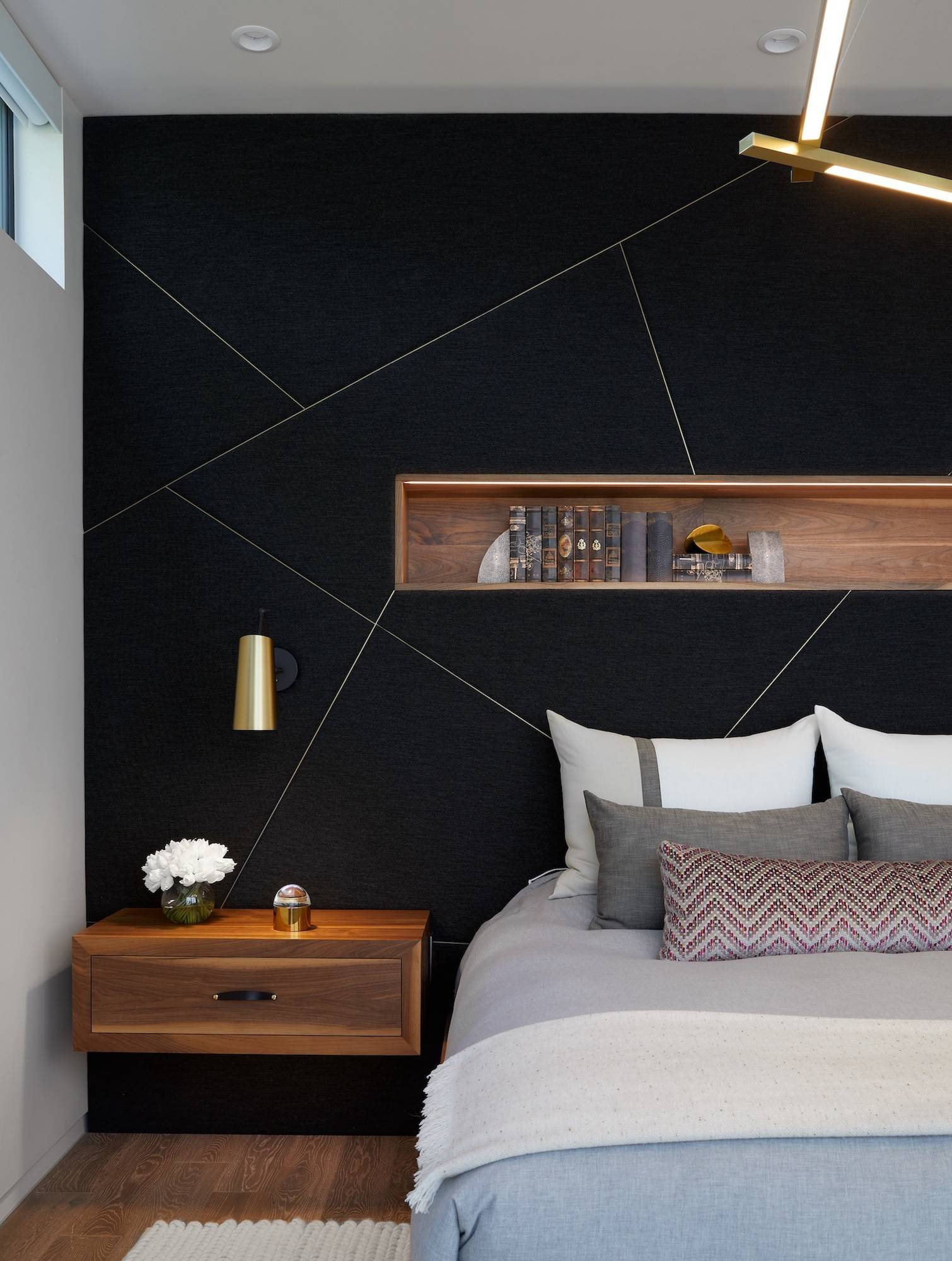 75 Beautiful Bedroom With Black Walls Pictures Ideas March 2021 Houzz