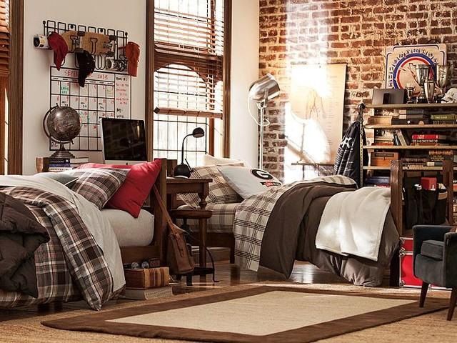 Room 361 bedroom