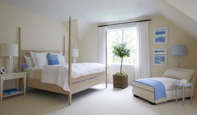Rooms with oomph traditional-bedroom