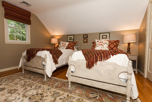 Royal Barry Wills Cape - Twin Bedroom