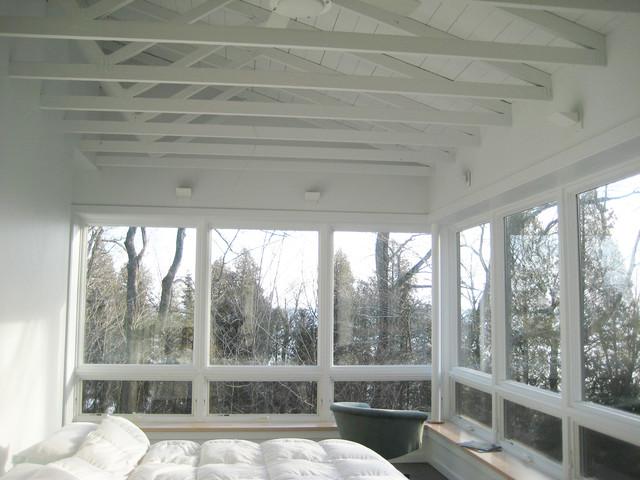 Algoma Retreat rustic-bedroom