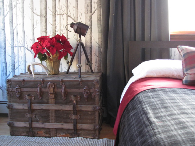 Rustic chic masculine bedroom design eclectic bedroom for Eclectic rustic decor