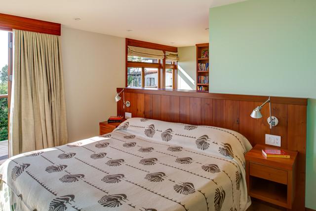 Bedroom - 1960s bedroom idea in San Francisco