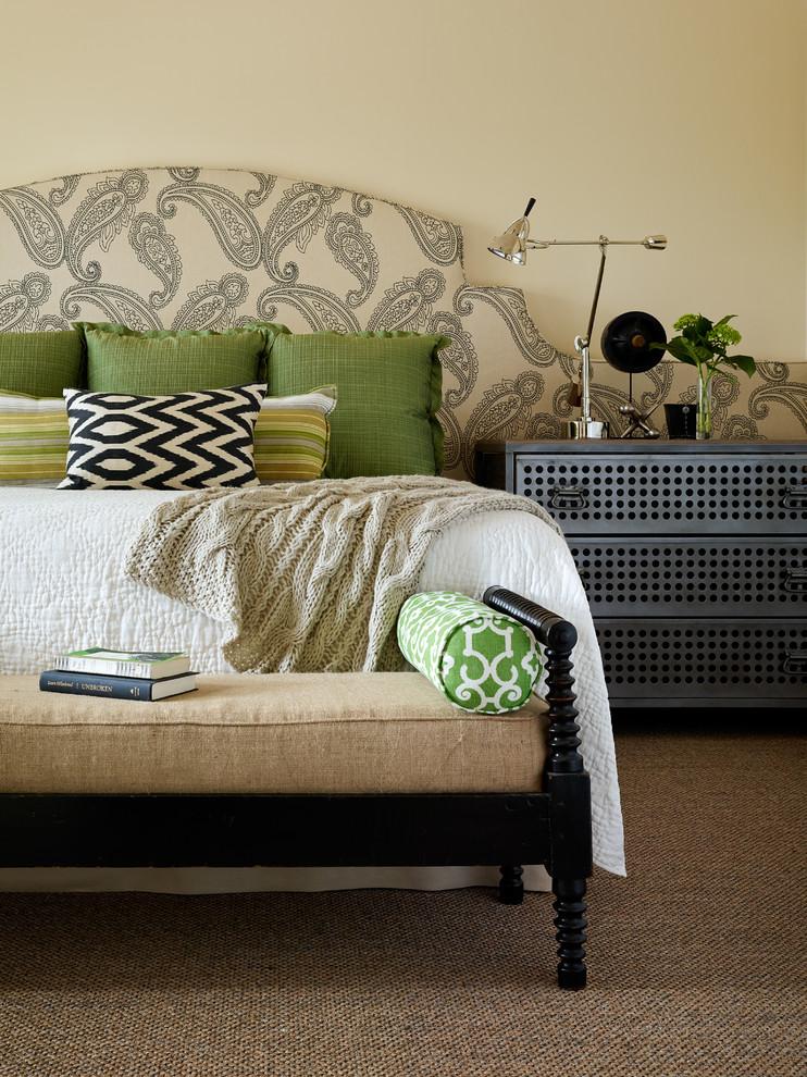 Bedroom - transitional bedroom idea in San Francisco with beige walls