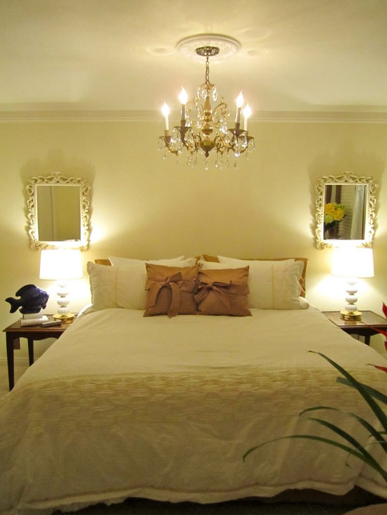 Romantic Yellow Bedroom Design Ideas, Pictures, Remodel, and Decor
