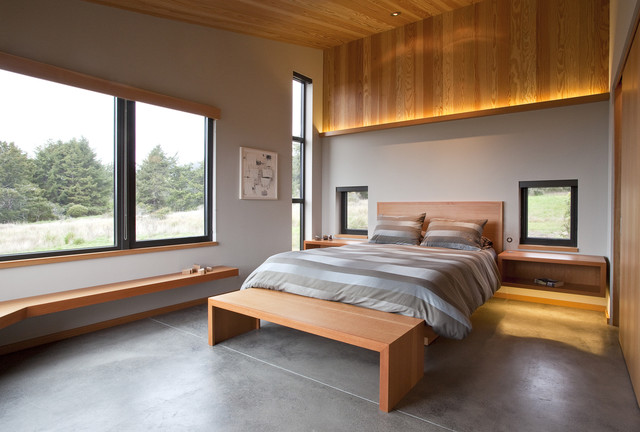 Sea Ranch Vacation Home Retreat contemporary-bedroom