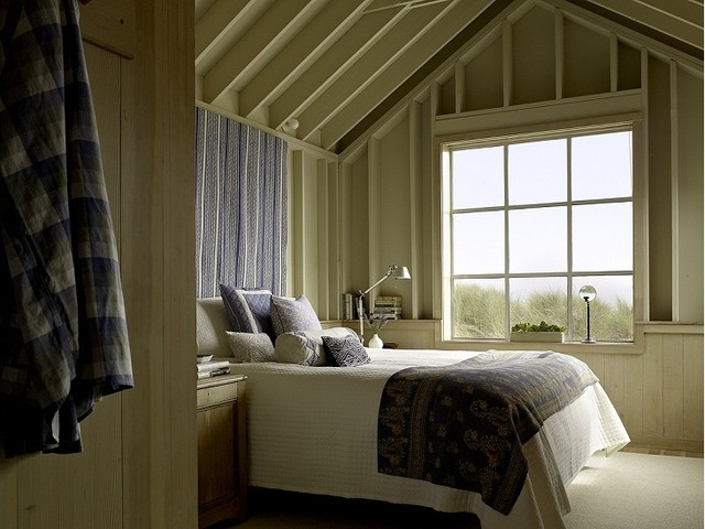 Seadrift Beach House traditional-bedroom