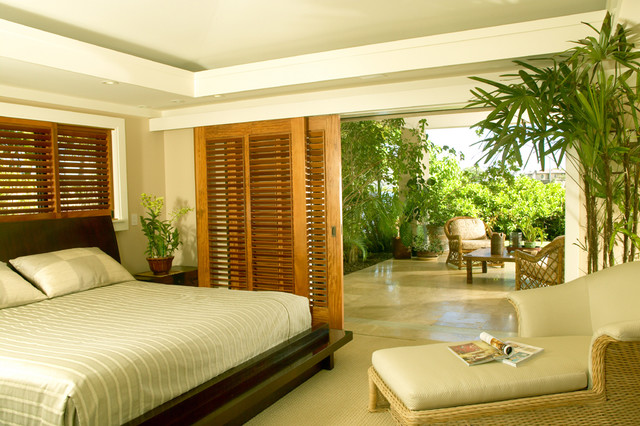 Seaside Retreat tropical-bedroom