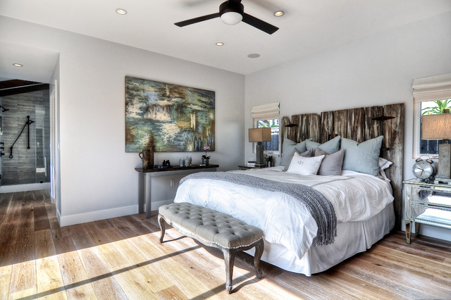 Seaward, Corona Del Mar beach-style-bedroom