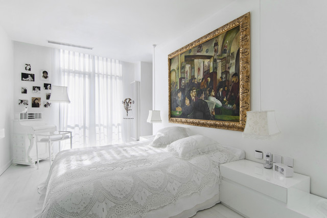 All White Rooms With Splash Of Color