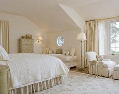 Selkirk Ledge traditional-bedroom
