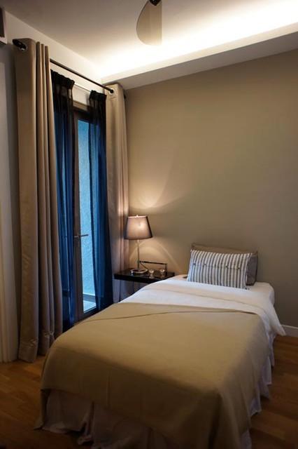 SENI KIARA_guest bedroom contemporary-bedroom