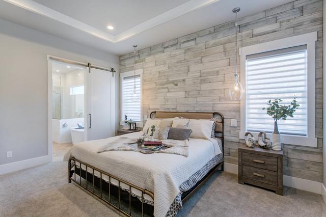 Shabby Chic Bedroom With A Rustic Farmhouse Feel Shabby Chic Style Schlafzimmer San Diego Von Eldorado Stone