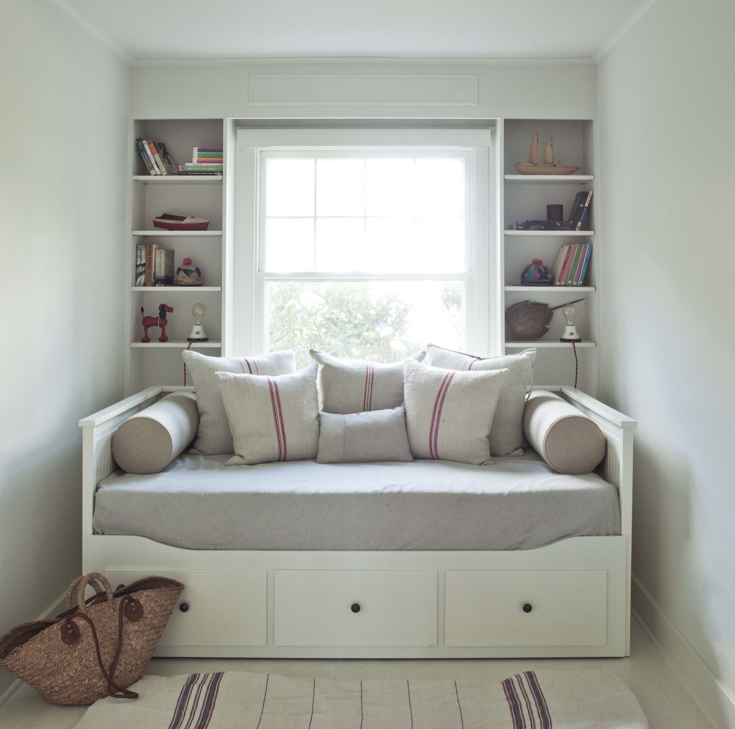 Image of: Guest Room Daybed Houzz