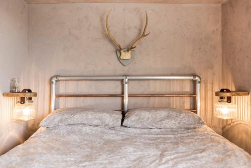 7 Nachttisch-Ideen für kleine Schlafzimmer