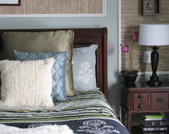 Shoshana Gosselin contemporary bedroom