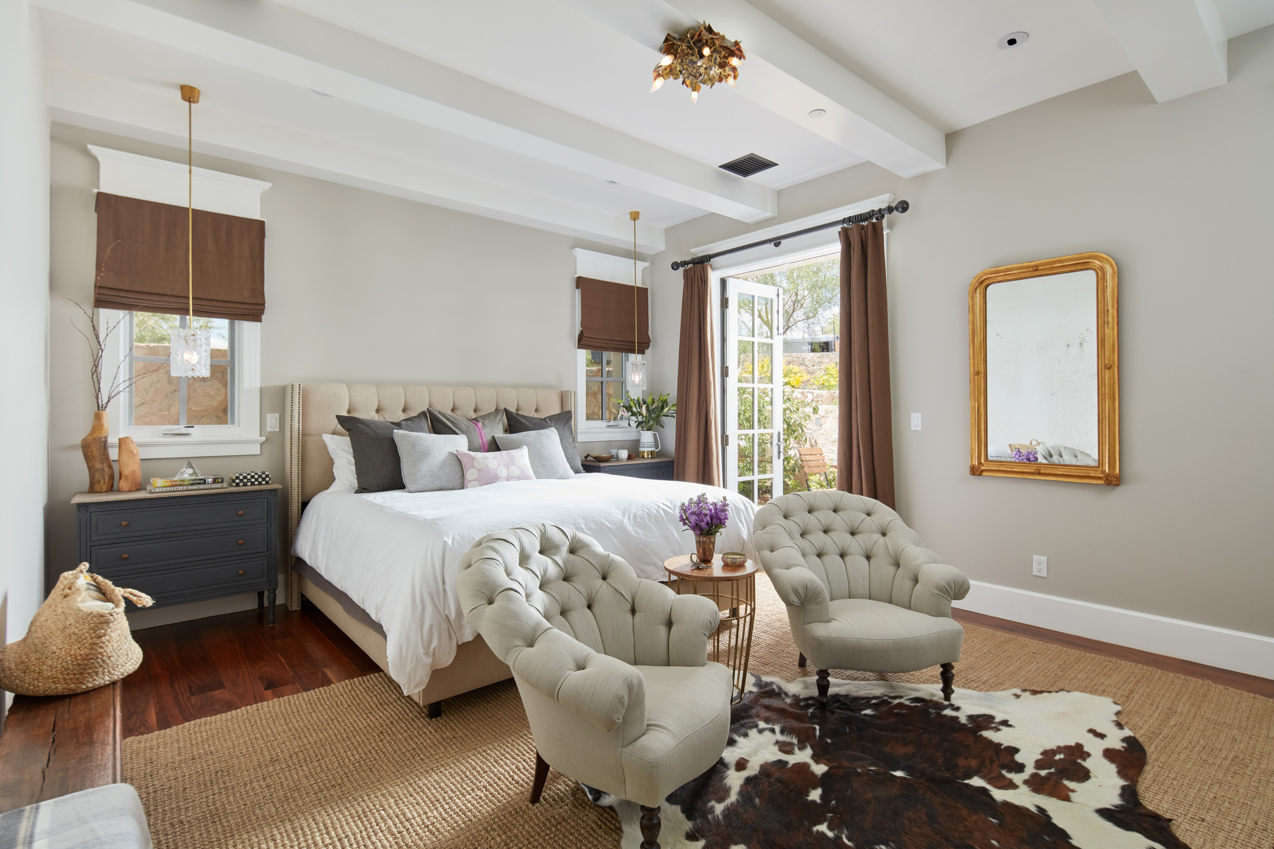 75 Beautiful Farmhouse Bedroom Pictures Ideas December 2020 Houzz