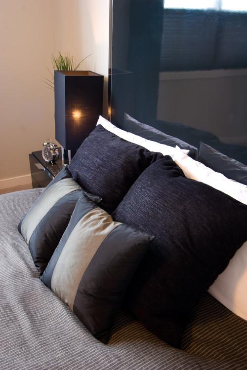 Skyview - Jayman Masterbuild modern bedroom
