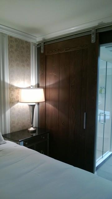 Sliding doors traditional-bedroom