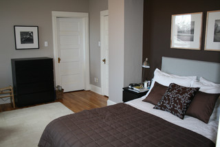 Small Bedroom contemporary bedroom