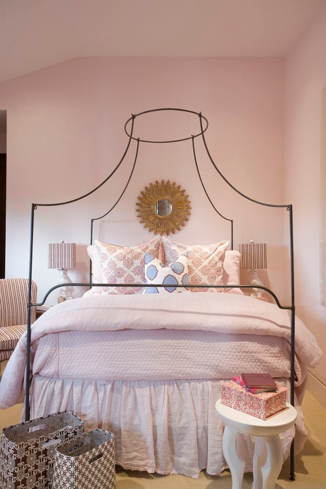 Inspiration for a classic bedroom in Los Angeles with pink walls and carpet.