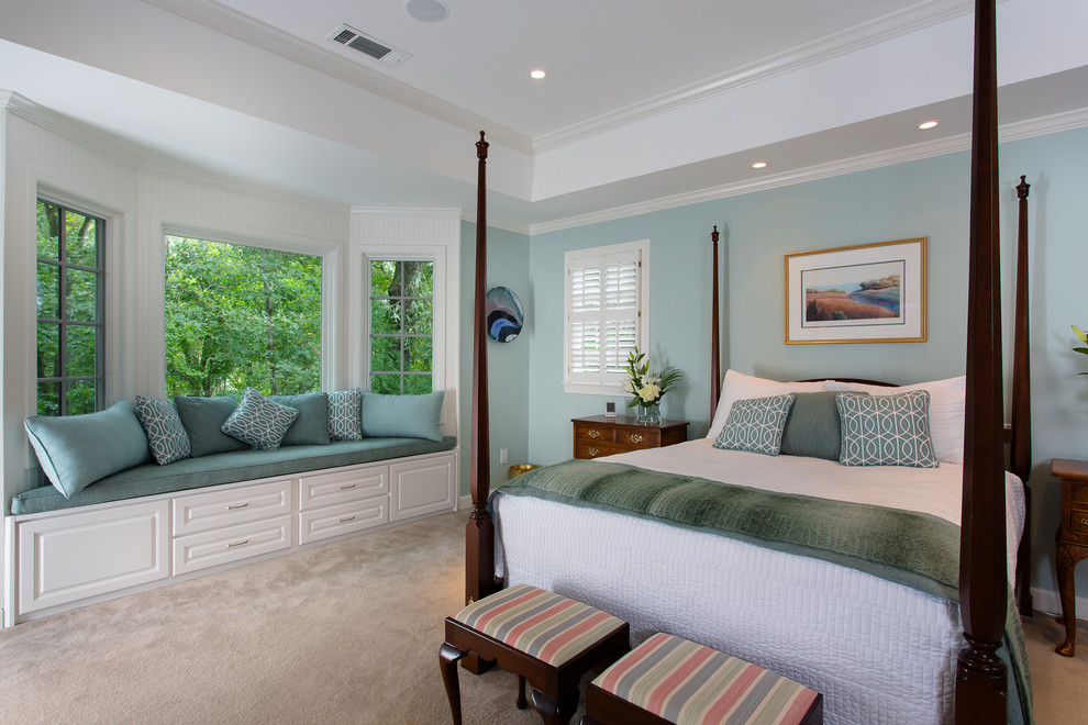 Bedroom - large traditional master carpeted bedroom idea in Atlanta with blue walls and no fireplace