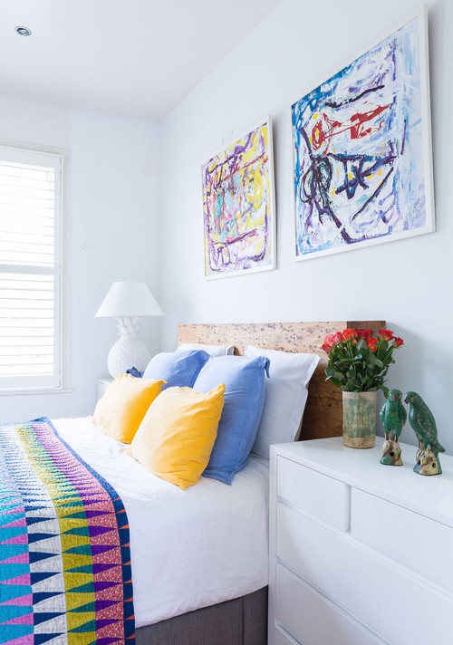 decorate a guest room