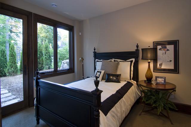 Spur Road - Edina, MN traditional-bedroom
