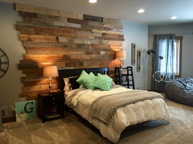 Staggered Barnwood Wall  Rustic  Bedroom  by Reclaim Renew - Bedroom Furniture Dallas