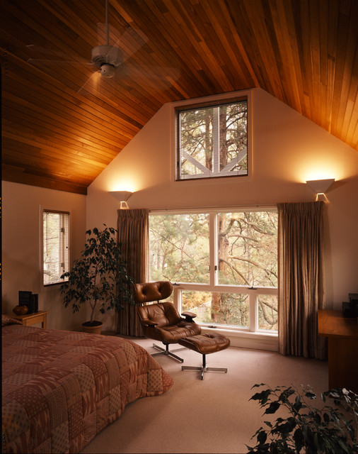 Stained cedar in the master bedroom modern-bedroom